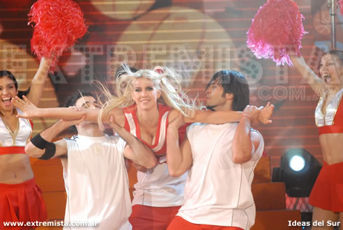 "Fotos de Wanda Nara en el musical ""High School Musical"""